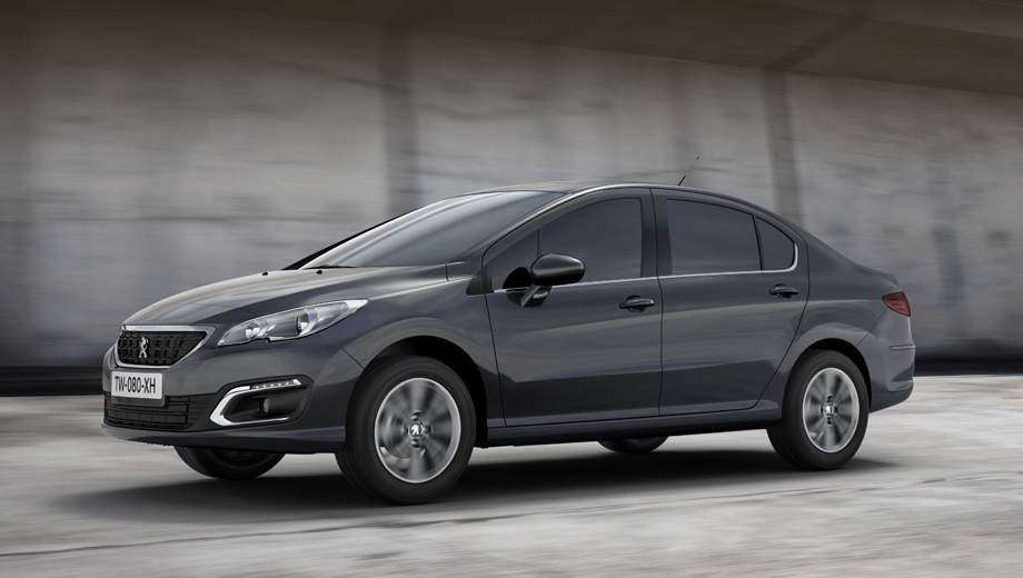 Компания Peugeot (Пежо) представила улучшенный седан 408 для РФ