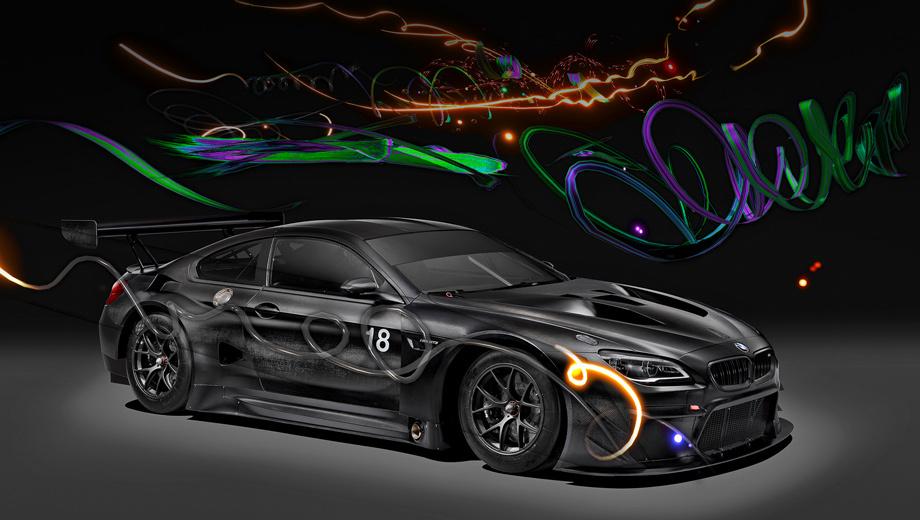 Bmw m6,Bmw 6 gt3,Bmw m6 gt3 art car,Bmw art cars. Интересно, что нумерация арт-объектов BMW сбилась. Предыдущий проект Джона Балдессари был девятнадцатым (2016 год), тогда как Art Car #17 от Джеффа Кунса увидел свет аж в 2010-м. Объяснение? В китайской культуре номер 18 считается счастливым.