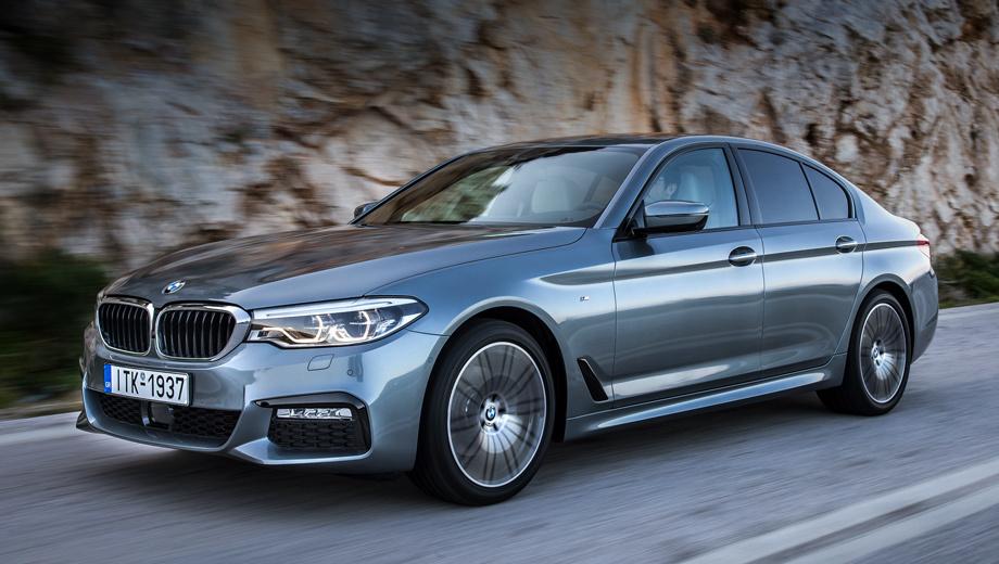 Bmw 5. Для BMW 520i М-пакет стоит, как и для других версий, 383 тысячи рублей. В него входят изменённые бамперы и пороги, более собранная подвеска, 18-дюймовые колёса, спортивные руль и кресла с обивкой искусственной замшей.