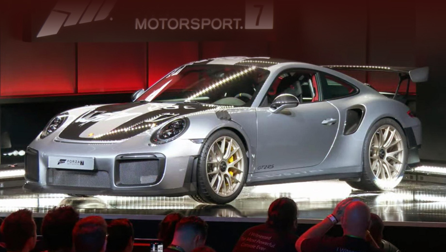 Porsche 911,Porsche 911 gt2 rs. Самый мощный девятьсот одиннадцатый будет и одним из самых лёгких. По информации издания TopGear, к машине можно будет заказать пакет Weissach (как на Porsche 918), экономящий 30 кг по сравнению с «базой».