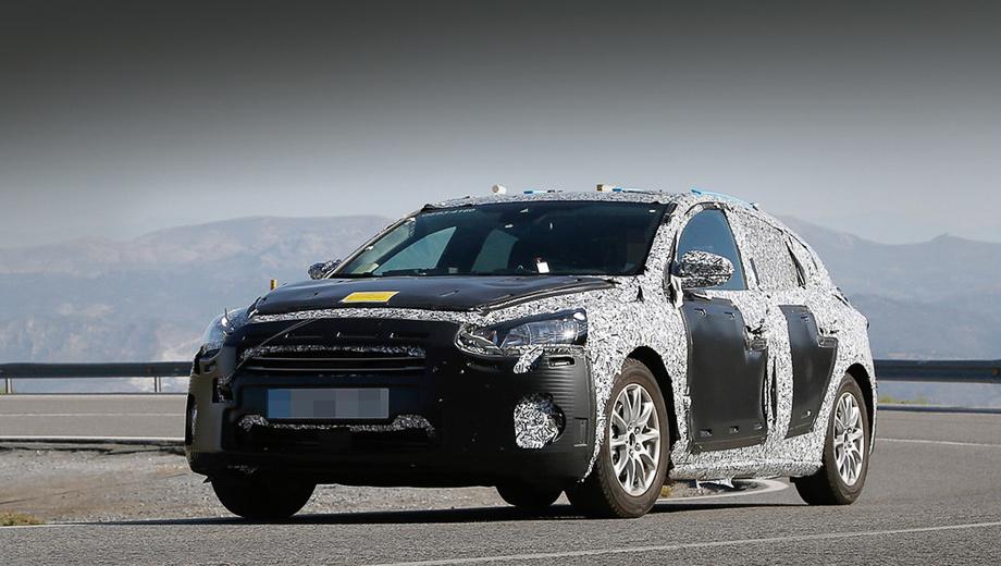 Форд Focus 2018 обновленного поколения был замечен натестировании всерийном кузове