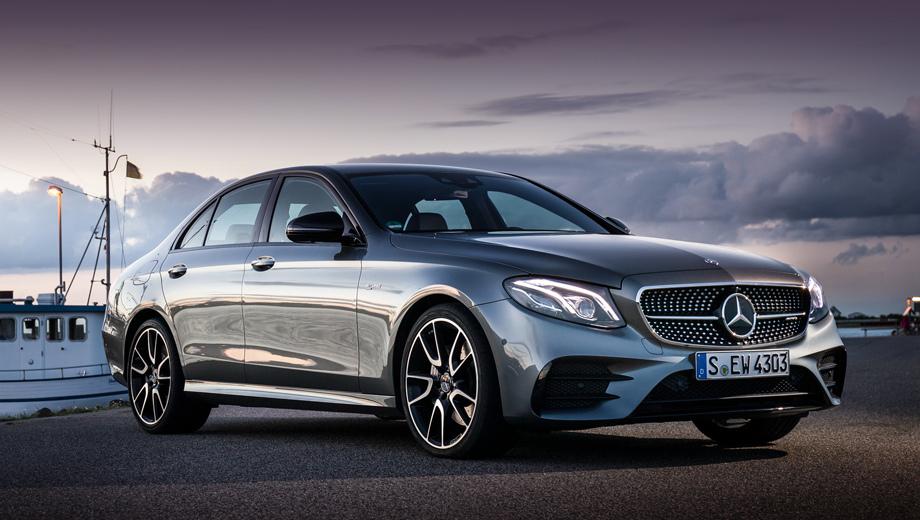 Mercedes cls. Электрическая добавка могла бы помочь перекроенному E 43 в сражении с восьмицилиндровым BMW M550i xDrive, у которого под капотом 462 силы против 401 на Мерседесе.