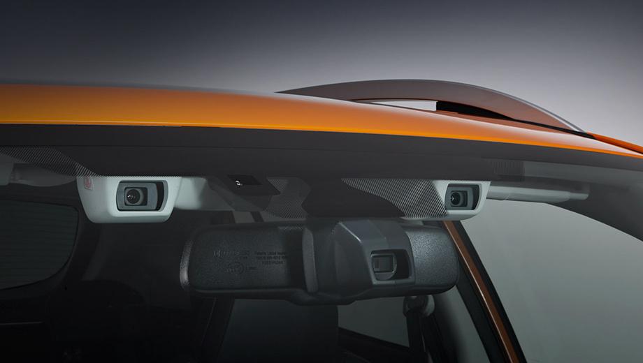 Subaru xv. EyeSight полагается на стереоскопическую камеру с двумя «глазами». Ранее система не всегда срабатывала корректно: по этой причине в 2015 году в США был отзыв 72 000 машин, которым перепрошили софт.