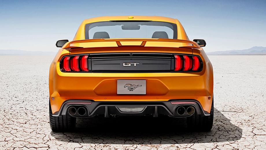 Новый Форд MustangGT обставит Порш 911