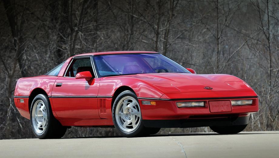 Chevrolet corvette,Chevrolet corvette zr1. Corvette ZR1 (индекс C4) получил в своё время уникальный двигатель. Полностью алюминиевый V8 5.7 с двумя распредвалами и 32 клапанами разработали специалисты Lotus Engineering. В зависимости от года выпуска отдача составляла 381-411 сил (502-522 Н•м).