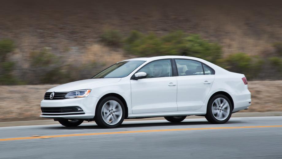 Volkswagen jetta. В США нынешнее поколение модели Jetta — самый популярный Volkswagen. Так, в прошлом году продажи составили 121 107 штук. В России, для сравнения, в 2016-м купили 7721 Джетту.