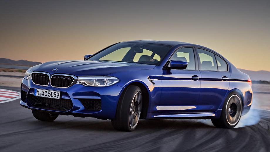 Bmw m5. Мотор V8 выдаёт пик тяги в диапазоне 1800-5600 об/мин. С места до 200 км/ч BMW M5 F90 выстреливает за 11,1 с, тогда как машина прошлого поколения тратила 13 с. По паспорту, модель удовлетворяет нормам Евро-6, расход топлива в смешанном цикле не превышает 10,5 л/100 км.