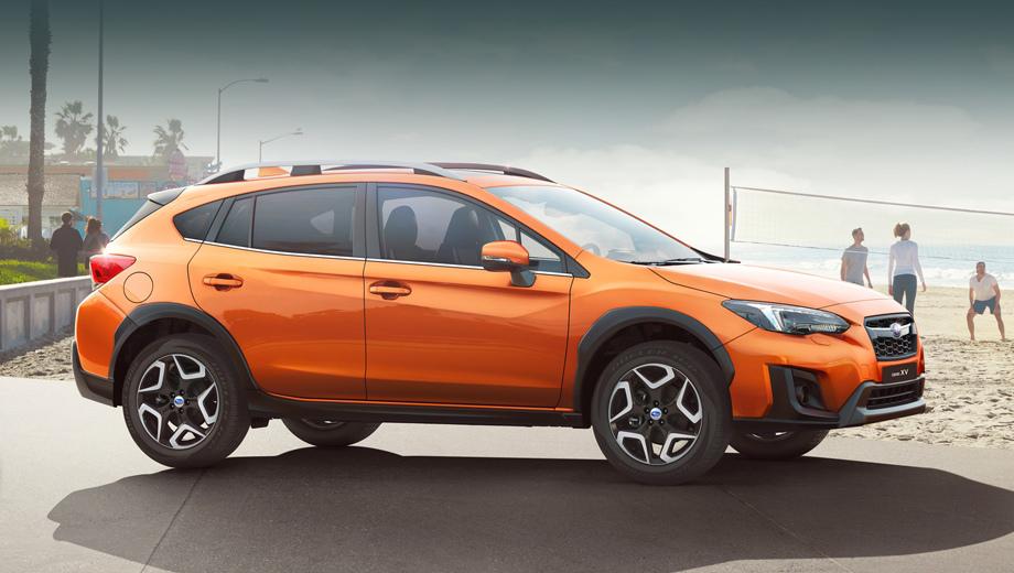 Subaru xv. Новый XV с мотором 1.6 набирает первую сотню за 13,9 с, а с двигателем 2.0 — за 10,6 с. Расход топлива в комбинированном цикле составляет 6,6 и 7,1 л/100 км соответственно.