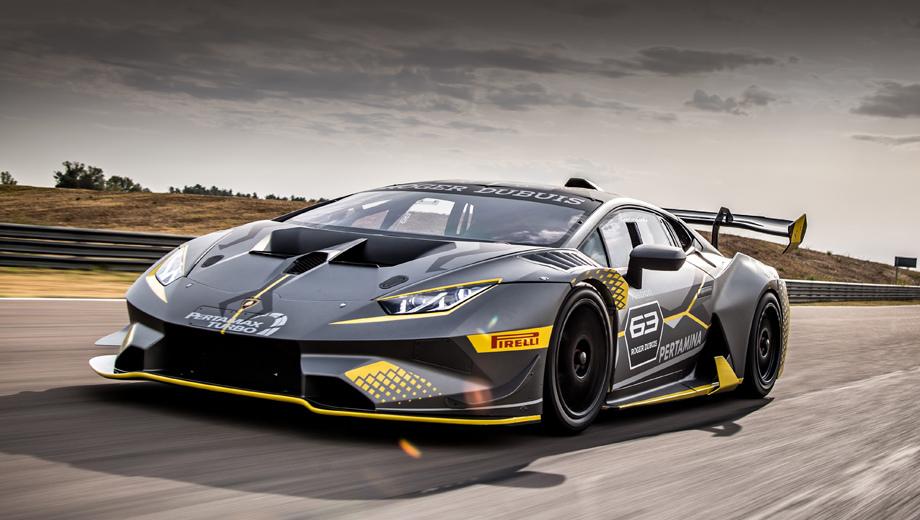 Lamborghini huracan,Lamborghini huracan super trofeo evo. Новичок, показанный гостям фирмы 20 сентября, предназначен в первую очередь для монокубка Lamborghini Super Trofeo. Но также он может выступать в чемпионатах Gran Turismo в категории GT Cup и в гонках на выносливость.