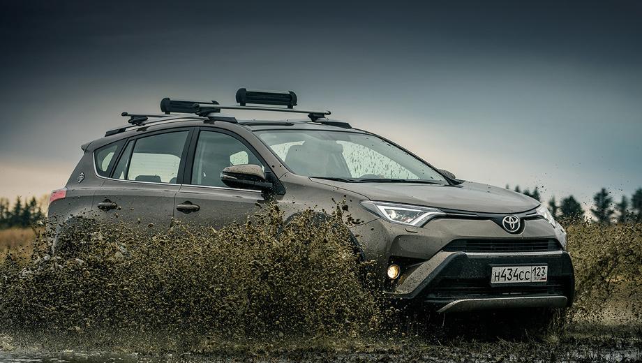Toyota rav4. Где-то прибыло, где-то убыло. Вседорожная версия Adventure с обвесом из чёрного пластика, появившаяся в конце июня, больше не предлагается. Прямого наследника у неё нет.