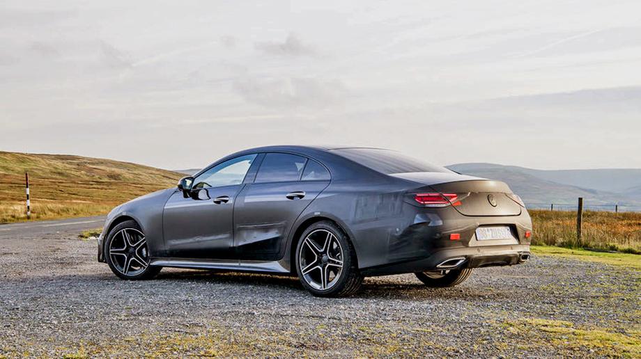 Mercedes огласил российскую стоимость кабриолета E-Class
