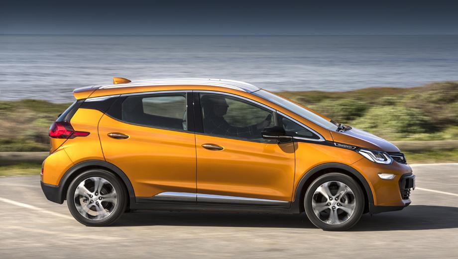 Opel ampera-e. Если ситуация не исправится, то заказавшие модель в Европе сейчас в лучшем случае получат машину в 2019-м. Вместо размещения самих заказов дилеры Опеля начали составлять списки ожидания, то есть фактически это очередь за право встать в очередь.