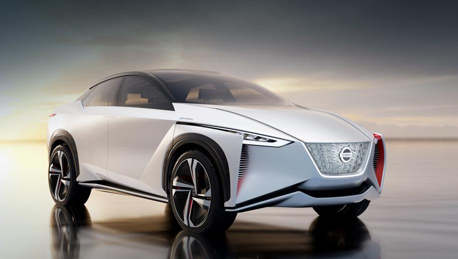 Nissan imx,Nissan concept. Концепту достался традиционный нос V-Motion, хотя уже в ходу Vmotion 2.0. С жемчужно-белым цветом кузова контрастируют красные акценты, напоминающие подкладку традиционных японских кимоно.