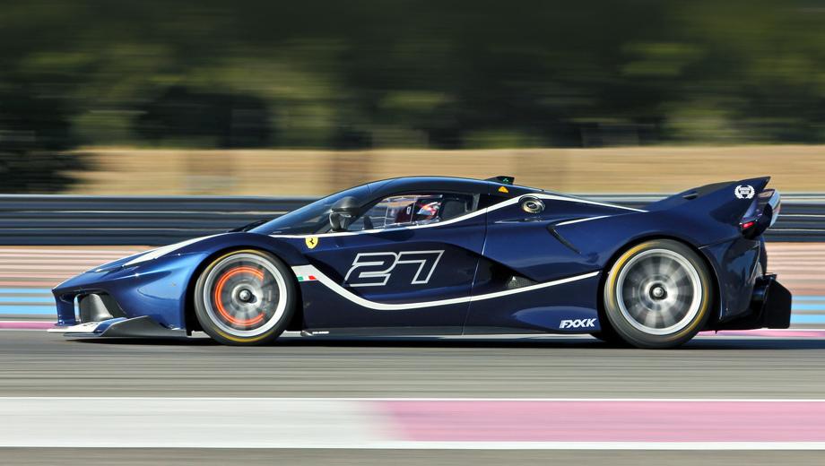 Ferrari fxx k evolutione,Ferrari fxx k. Просто гиперкар FXX K (на фото) выпущен тиражом 40 штук при цене три миллиона долларов. Версия Evo наверняка окажется не только более дорогой, но и более редкой.