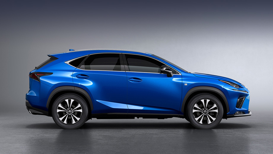 Lexus nx. Для комплектаций Luxury и F Sport созданы два новых варианта дизайна колёсных дисков на 18 дюймов, здесь тёмные участки сочетаются с полированными.