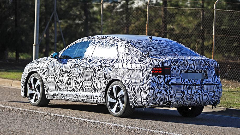 Папарацци зафиксировали вСША новый VW Jetta GLI вкамуфляже