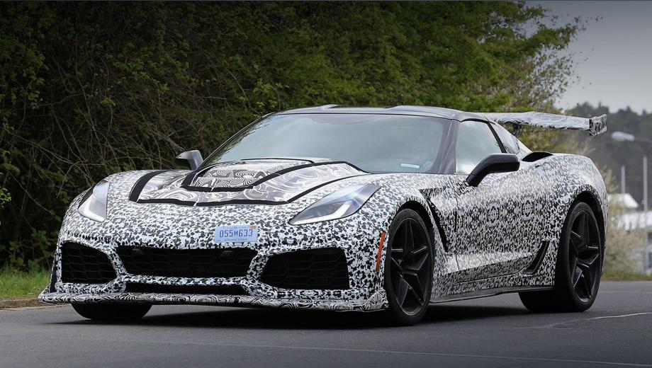 Chevrolet corvette zr1,Chevrolet corvette. Ожидается, стартовая цена на Corvette ZR1 2018 модельного года в США составит $120 тысяч. Для справки, 659-сильный Z06 оценивается в $79 495. Но 540-сильный полноприводный Porsche 911 Turbo намного дороже ― от $161 000. А уж за Turbo S Exclusive Series с 607 л.с. и вовсе просят $260 000.