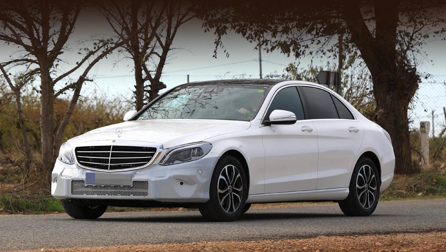 Mercedes c. Дебют посвежевшей «цешки» должен состояться в марте 2018 года в Женеве, а на рынке она появится летом. Кстати, белая легковушка на снимках — длиннобазный вариант.