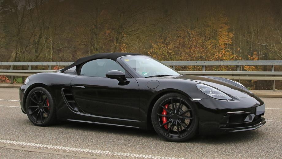 Porsche boxster,Porsche boxster spyder. Передний бампер Спайдера практически идентичен версии GTS, разве что сплиттер чуть-чуть переделан. А впечатляют тут в первую очередь тормоза. Неудивительно — перед нами самый динамичный и быстрый Boxster.