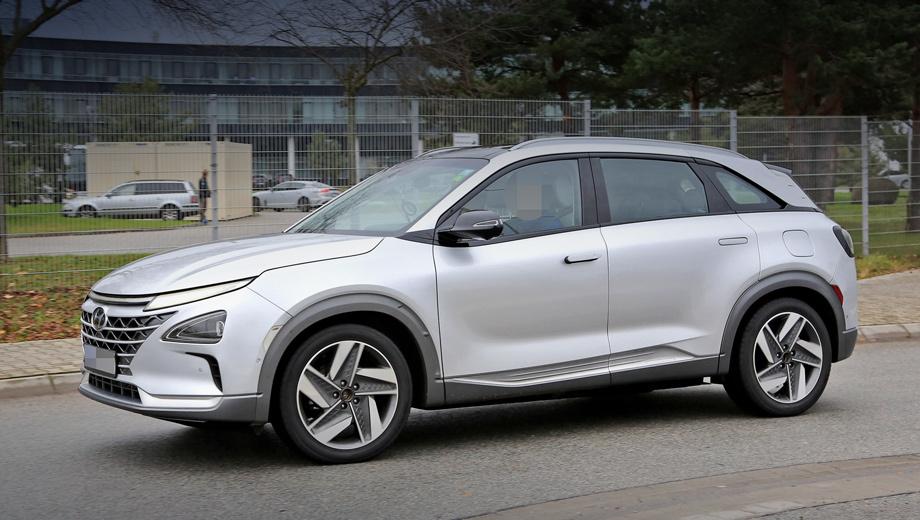 Hyundai fcev. Новичок станет второй моделью марки на топливных элементах после ix35 Fuel Cell. Кстати, компания Hyundai входит в Водородный совет, который на днях выступил с позитивным долгосрочным прогнозом.