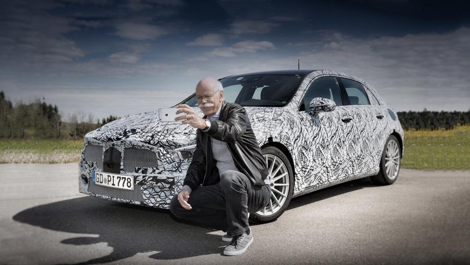 Mercedes a. Mercedes A-класса играет роль входного билета в мир немецкого бренда. В 2016 году 70% покупателей компактного хэтчбека никогда до этого Мерседесом не владели. Всего с марта 1997 года по миру разошлось около трёх миллионов А-классов.