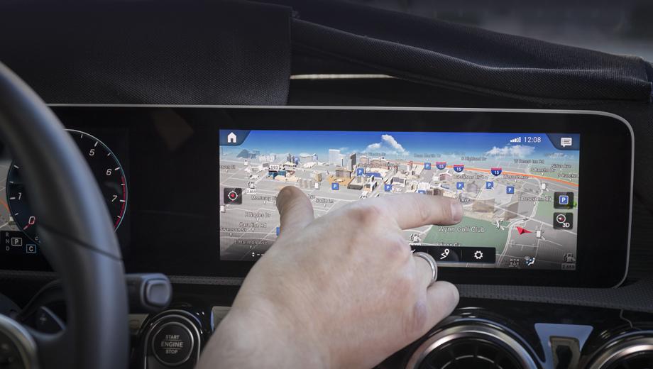 Натестах замечен новый компактный вседорожный автомобиль Мерседес Бенс GLB