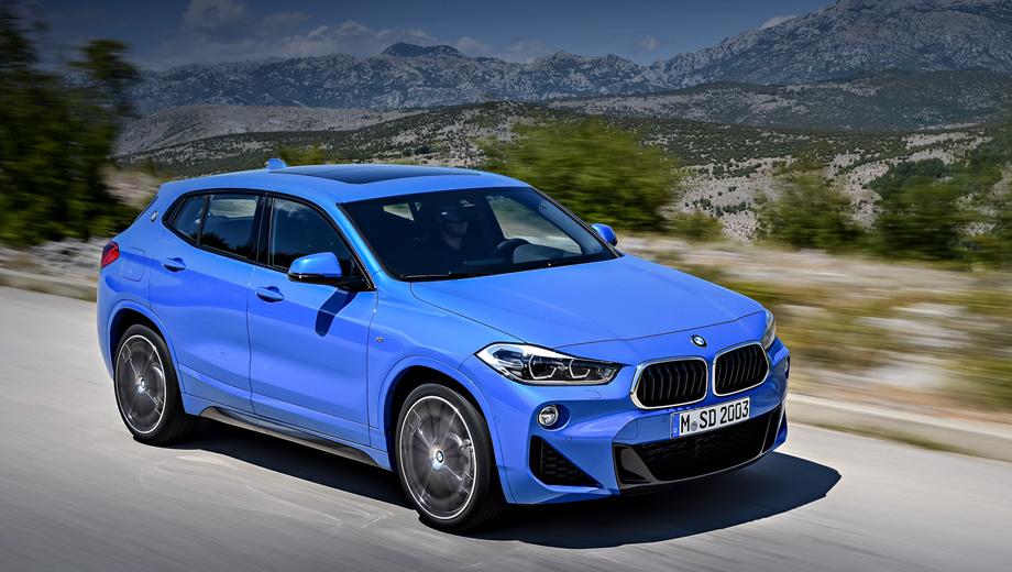 Bmw x2. На данный момент наиболее спортивная модификация кросс-хэтчбека ― BMW X2 xDrive25d M Sport. Автомобиль с двухлитровым 231-сильным турбодизелем ускоряется до сотни за 6,7 с при максимальной скорости 237 км/ч. Клиренс у версий M Sport уменьшен на 10 мм.