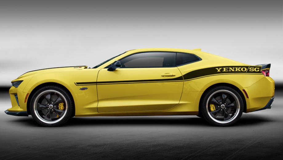 Chevrolet camaro. На купе установлены шины Michelin PS 4S размерностью 295/30 R20 спереди и 305/30 R20 сзади, чёрные колёсные диски Torque Thrust с полированным ободом.