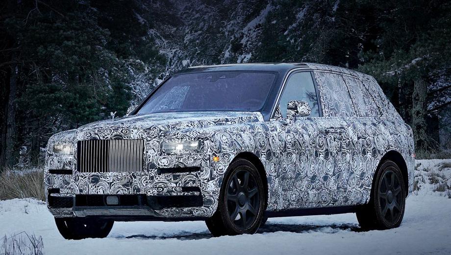 Rollsroyce culinan. По габаритам полноприводный Rolls-Royce Cullinan будет похож на седан Phantom последней генерации. У того длина кузова варьируется от 5762 до 5962 мм, а колёсная база ― от 3552 до 3752 мм. Премьера и старт продаж намечены на этот год.