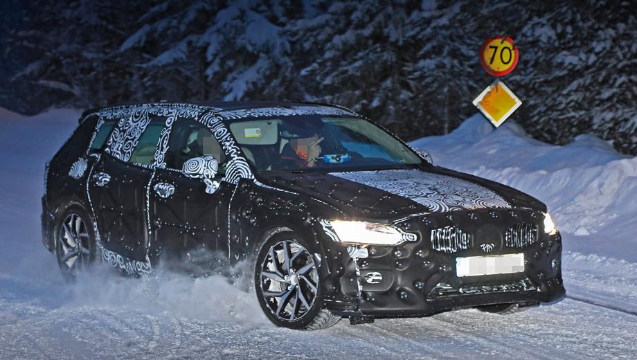 Volvo v60. По инсайдерской информации, универсал Volvo V60 дебютирует раньше седана S60, но оба покажутся в 2018 году, а их продажи стартуют одновременно в 2019-м. Начальная цена на V60 в Германии составит примерно 35 000 евро против нынешних 32 000.
