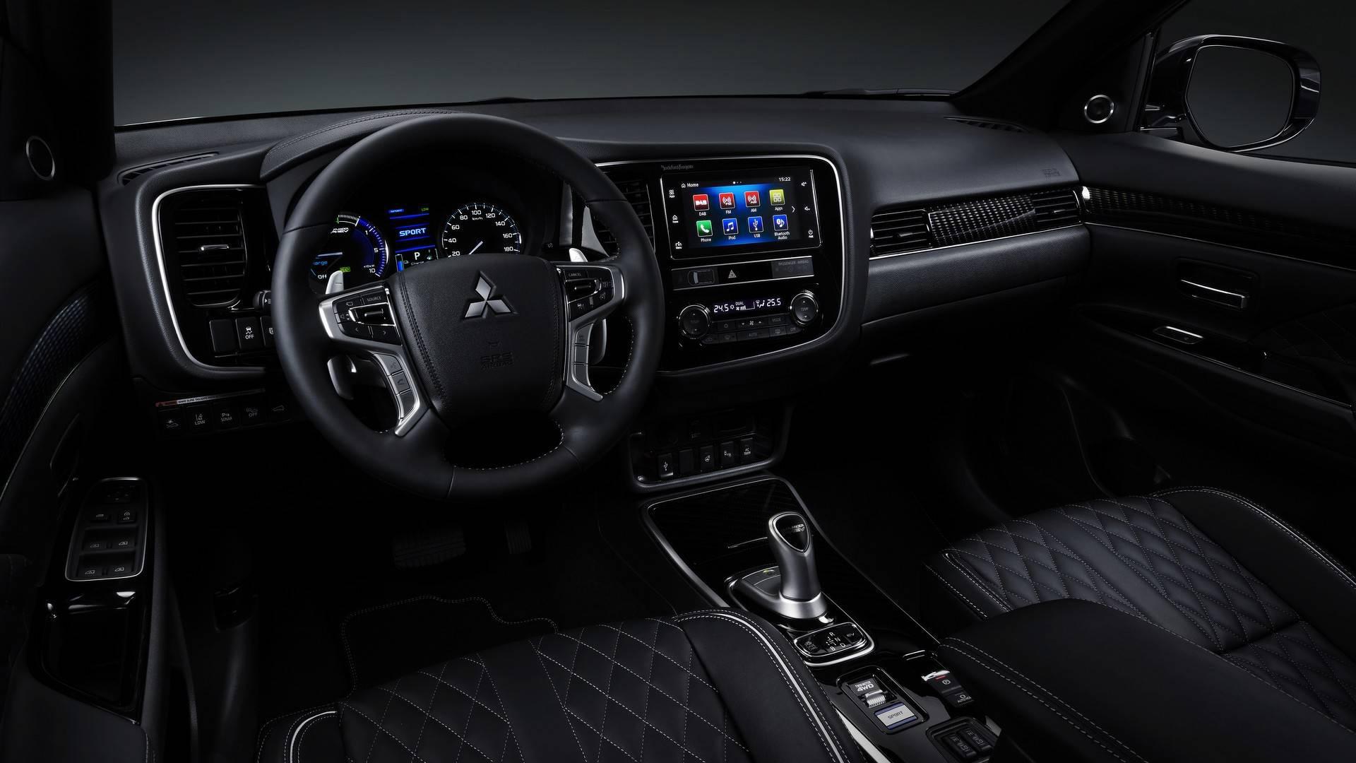 Новый Mitsubishi Outlander PHEV 2019 - фото, характеристика, цена новые фото
