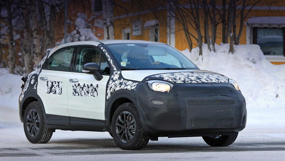 Fiat 500x. Другими будут решётка, бампер и светотехника. Судя по плотному камуфляжу, премьера доработанного паркетника состоится не раньше, чем в октябре на Парижском мотор-шоу.