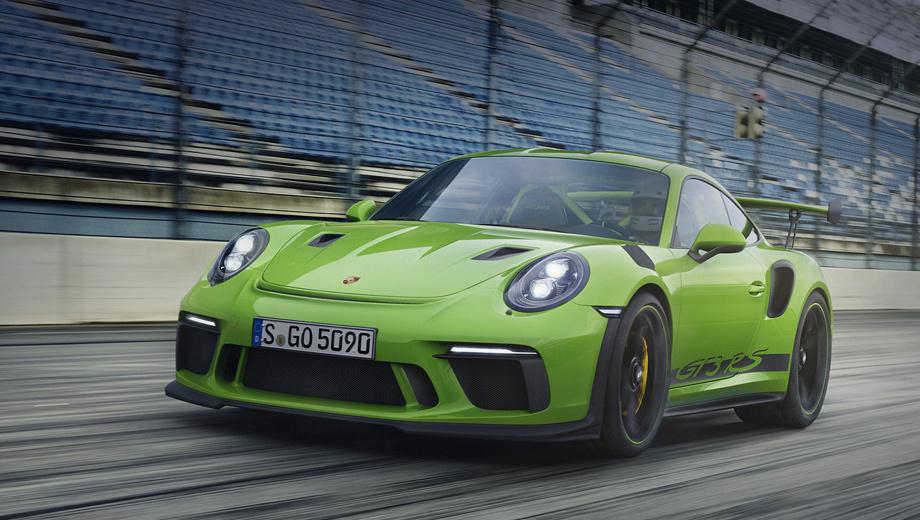 Porsche 911,Porsche 911 gt3,Porsche 911 gt3 rs. В России модернизированный Porsche 911 GT3 RS уже можно заказать. Начальная цена ― 13 109 000 рублей. Для сравнения, за 911 GT3 просят 10 318 000 рублей, а за топ-версию 911 GT2 RS ― 19 245 000. Первые клиентские машины появятся в шоу-румах в августе 2018 года.