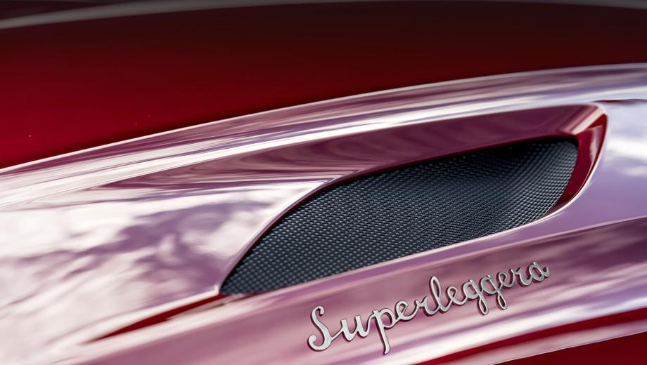 Aston martin vanquish,Aston martin dbs. Слово Superleggera не является банальным указанием на низкую массу модели. Оно неслучайно написано фирменным шрифтом знаменитого миланского кузовного ателье.
