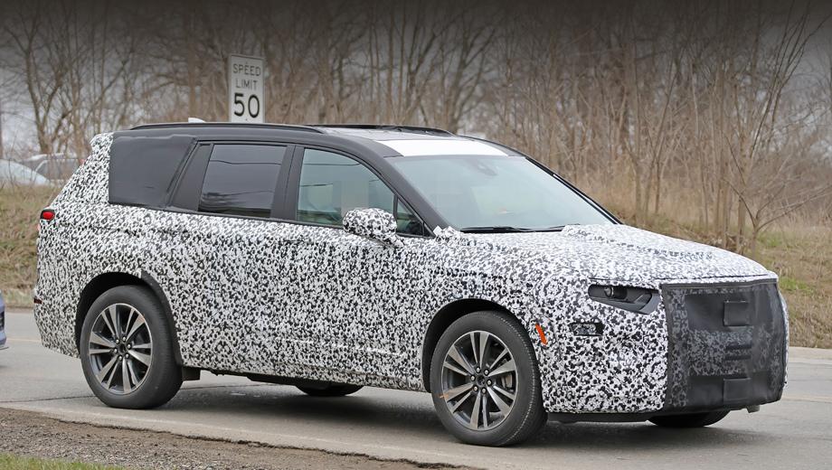 Cadillac xt6. Пятиметровый трёхрядный Кэдди будет соперничать с такими «европейцами», как Volvo XC90 и Audi Q7, «японцами» типа Lexus RX L и Infiniti QX60, соотечественниками вроде ещё не вставшей на конвейер модели Lincoln Aviator.