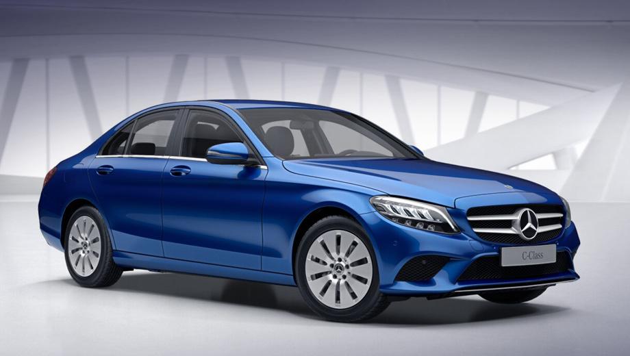Mercedes c. Заказы на рестайлинговые седаны и купе C-класса принимают с мая 2018 года, а первые клиентские машины прибудут к дилерам в июле. Разгон до сотни у седана C 180 занимает 8,3 с, а у C 200 4Matic ― 8,1 с. Максимальная скорость ― 225 и 234 км/ч соответственно.
