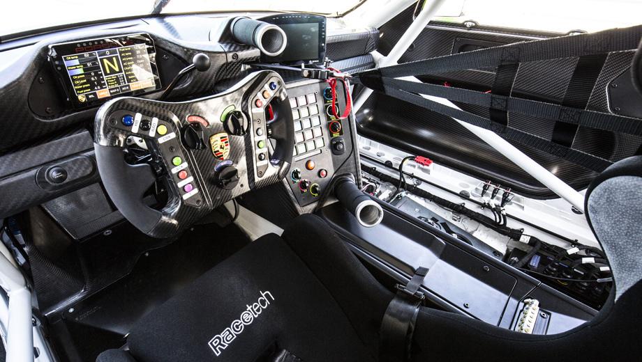 Porsche сделал гоночную версию нового 911 GT3 RS
