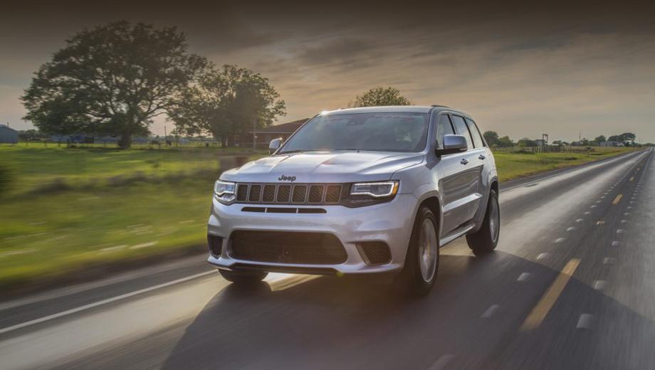 Jeep grand cherokee,Jeep grand cherokee trackhawk. Тот случай, когда не сразу распознаешь в машине тюнинг-версию. Сзади можно найти шильдик с названием ателье и небольшой знак HPE1000.