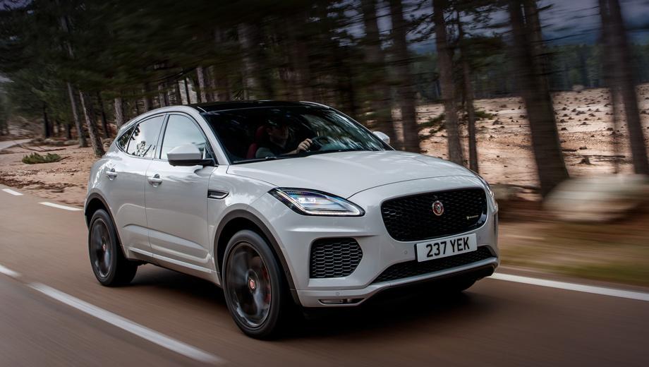 Jaguar e-pace. Заодно список опций пополнился адаптивной подвеской Adaptive Dynamics с двумя режимами Normal и Dynamic. Её можно купить для всех модификаций, кроме 150-сильной и First Edition, за 83 600 рублей.