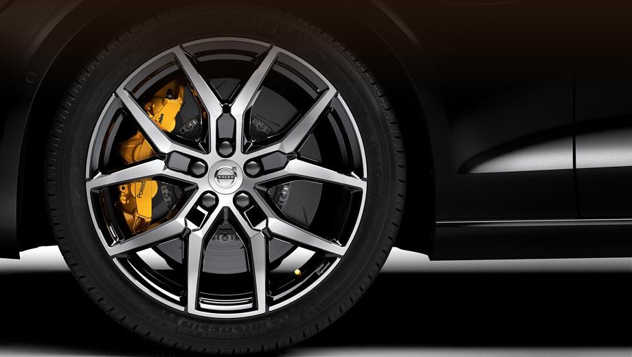 Volvo s60. Тормозные суппорты новой модели окрашены в золотистый оттенок, который станет фирменным признаком компонентов Polestar Engineered.