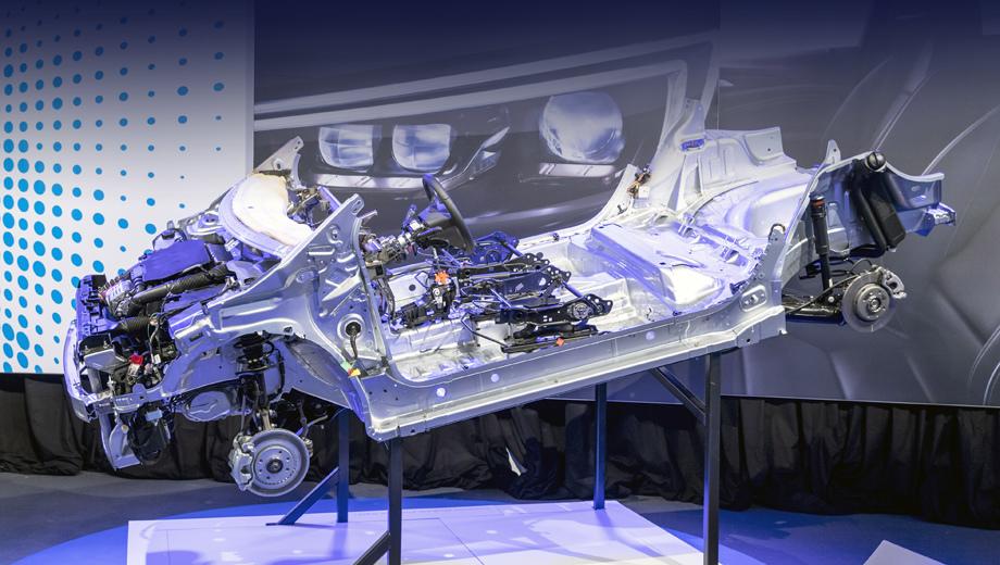 Opel corsa,Opel ecorsa. Платформа CMP предназначена для машин сегментов B и C, и с самого начала адаптирована к гибридному и чисто электрическому приводу.