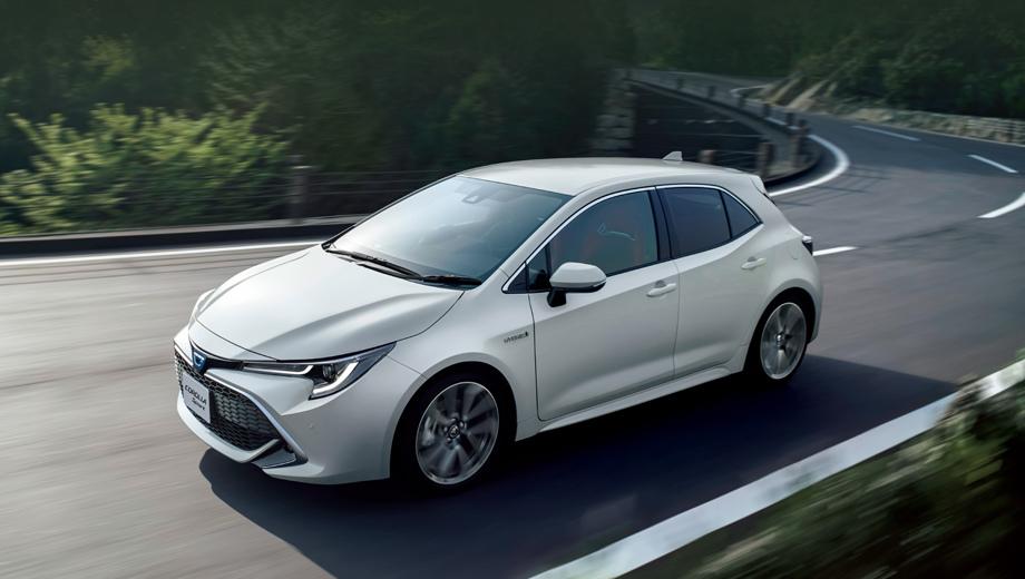 Toyota auris,Toyota corolla,Toyota corolla sport. Цены на модель Corolla Sport составляют от 2 138 400 иен (1,23 млн рублей) до 2 689 200 иен (1,54 млн рублей), в зависимости от двигателя, трансмиссии и уровня комплектации.