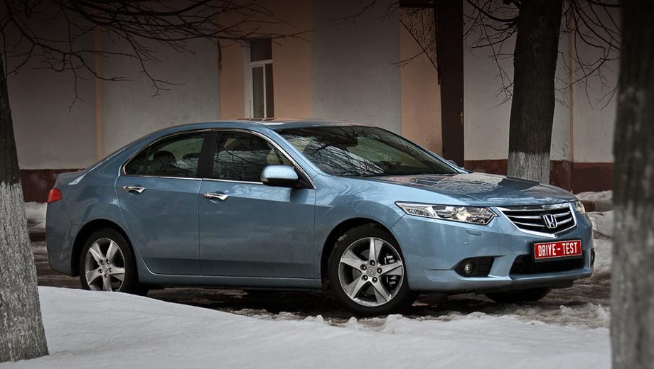 Honda accord,Honda civic,Honda jazz,Honda accord_jazz_civic_dt. Улучшенный Accord — важнейшая новинка. Уж очень любят в России эту модель: за два года (2009 и 2010) куплено 8472 седана.