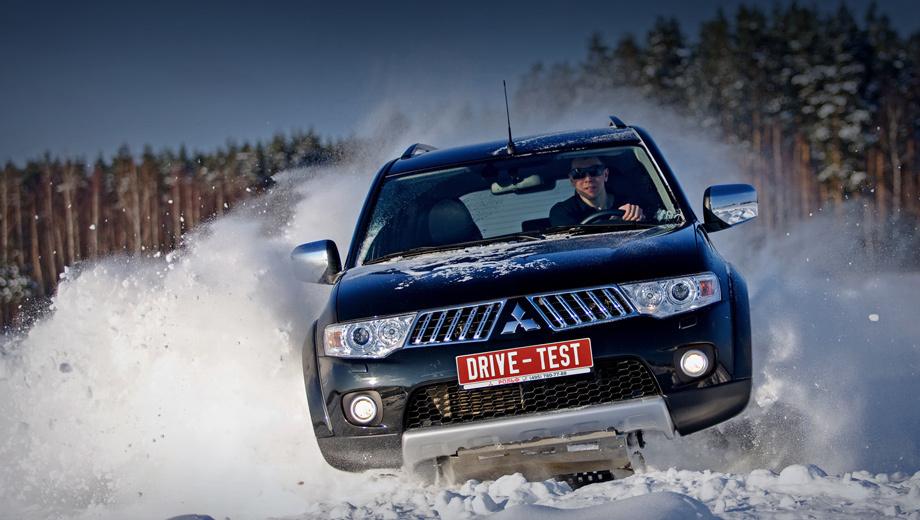 Mitsubishi pajero sport,Mitsubishi pajero sport_dt. В 2010 году в России был продан 3751 внедорожник Mitsubishi Pajero Sport. Далеко не лучший результат в классе, но в «Рольфе» говорят, что виноваты проблемы с поставками.