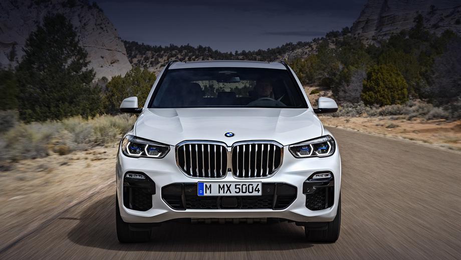 Bmw x6. Даже сейчас BMW X6 нынешней генерации заметно дороже паркетника BMW X5 нового поколения. В России за версию X6 xDrive30d просят 4 990 000 рублей, а X5 xDrive30d с таким же 249-сильным мотором оценивается в 4 590 000. Какой же будет разница в цене, когда выйдет X6 G06?
