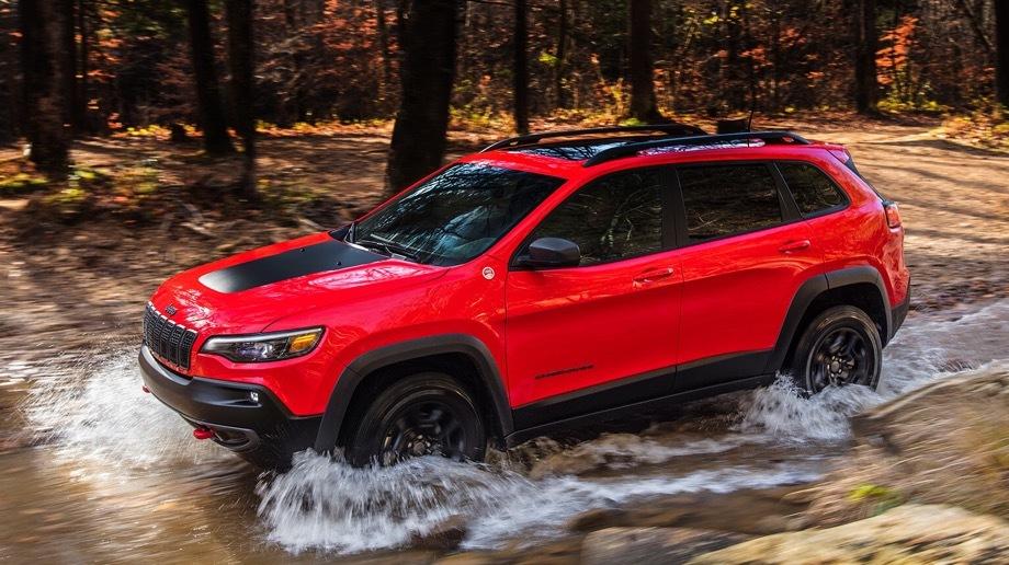 Обновлённый Jeep Cherokee будет стоить от2,2 млн руб.