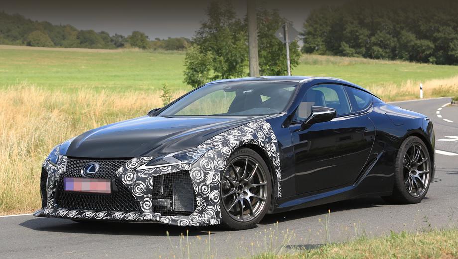Lexus lc,Lexus lc f,Lexus rc,Lexus rc f,Lexus rc f gt. Перекроенный бампер с увеличенным сплиттером и огромными воздухозаборниками по краям говорят, что перед нами не простой LC. Вид самого бампера, конечно, ещё будет исправлен. Это лишь прототип.