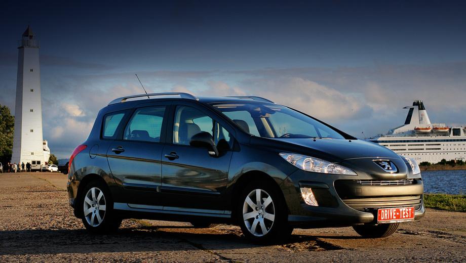 Peugeot 308,Peugeot 308long. Спокойная внешность — достоинство в дальней дороге. Peugeot 308 SW вообще не вызывает интереса у сотрудников ДПС. Не заплатив ни копейки штрафа, мы накатали уже 19 320 км (общий пробег — 19 700 км) при среднем расходе топлива 7,1 л/100 км.