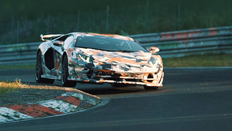 Lamborghini aventador,Lamborghini aventador svj. Напомним, в движение монстра приводит мотор V12 6.5. Отдача пока не рассекречена, но там будет примерно 800 сил.