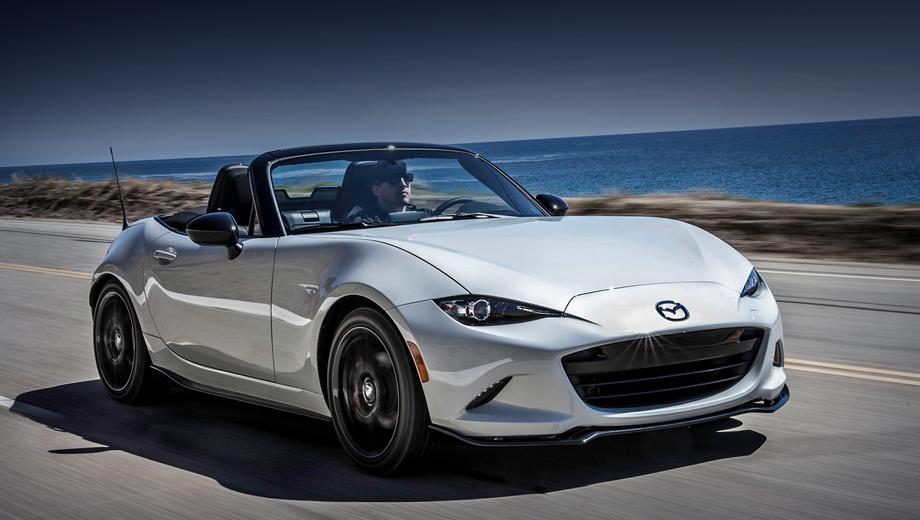 Mazda mx-5. Обновлённые родстеры поступят в продажу в августе 2018 года, но цены пока держатся в тайне. За дореформенные машины просят от $25 295 до $32 750. В этот диапазон укладывается 314-сильные купе и кабриолет Ford Mustang. Заманчиво, хотя суть у моделей разная.